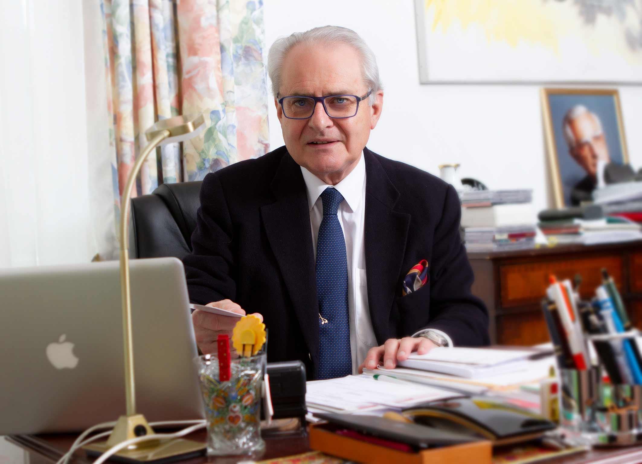 Prof. Dr. Dr. Teleky, Facharzt für Chirurgie und Gefäßchirurgie